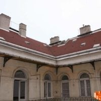 Aradi utca 52 magastetők felújítása