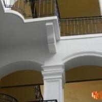 Kazinczy 35. Homlokzati díszek pótlása-javítása