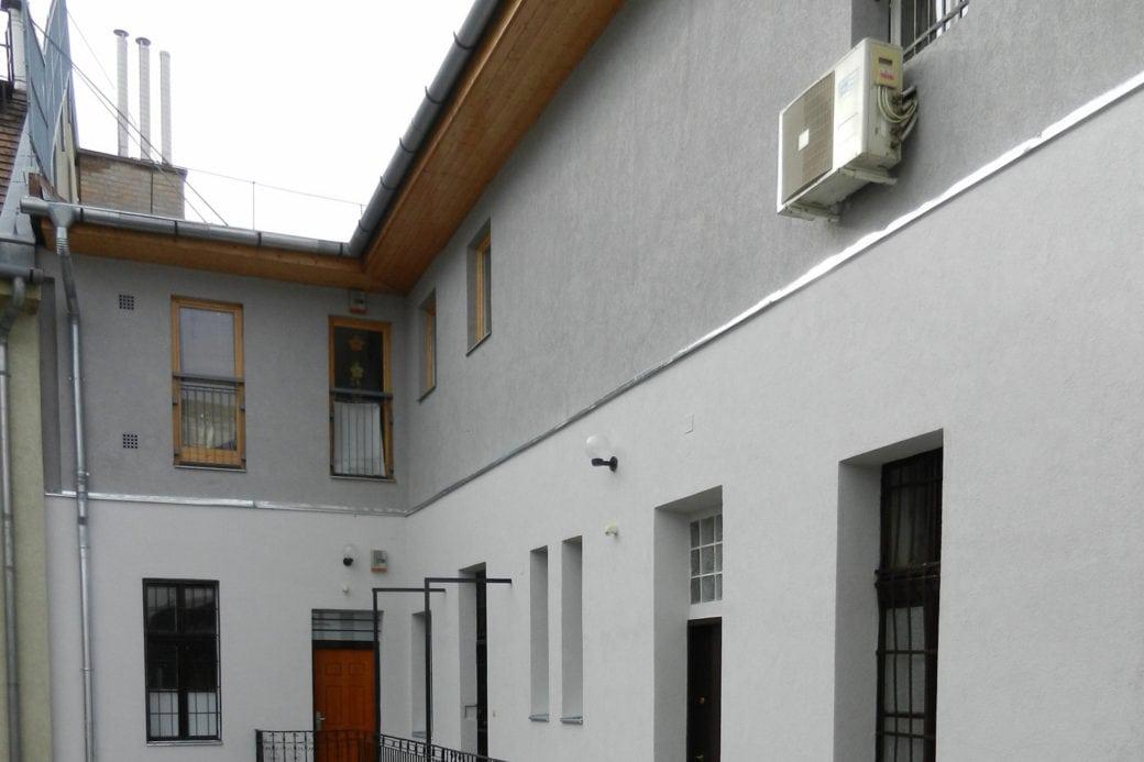 Tetőtérbeépítés - Kazinczy u. 35.